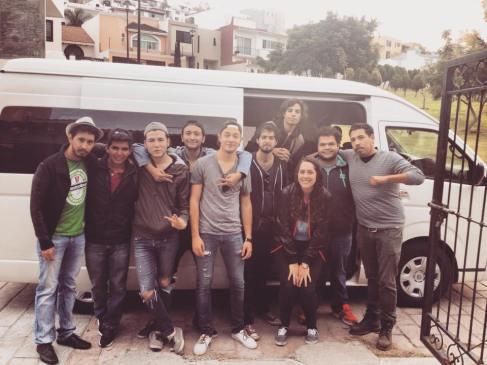 Todo el crew, listos para partir. Foto de Anapauz.